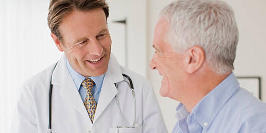 Когда нужно проконсультироваться с врачом по поводу храпа